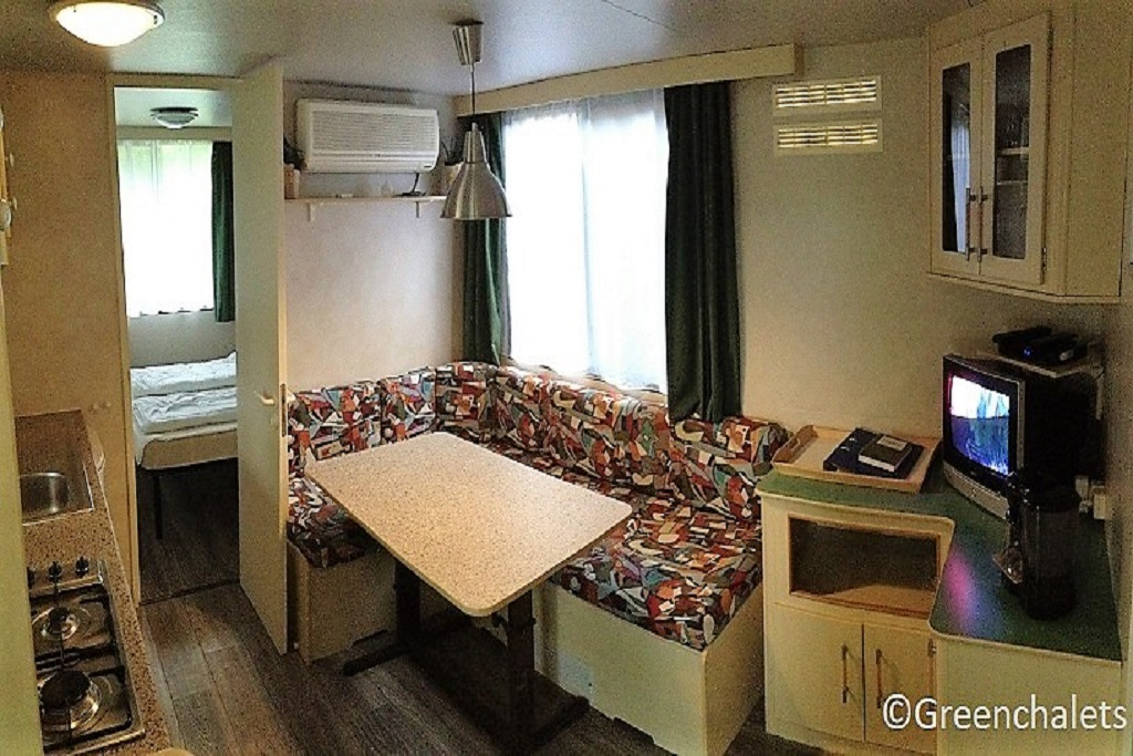Mobile home C Porlezza binnen