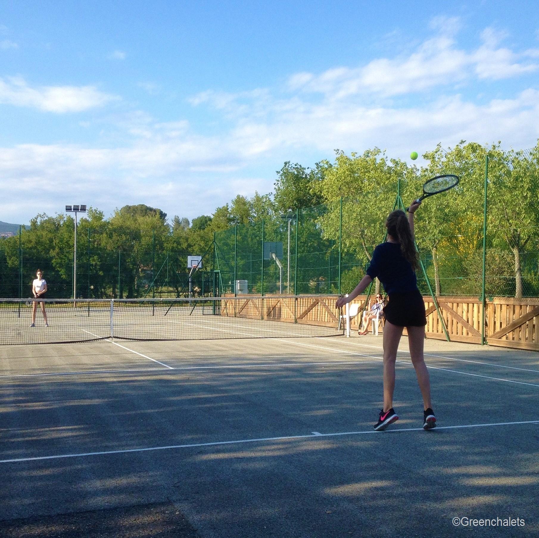 tennisbanen camping Saint Aygulf plage Cote d'Azur